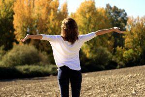 Comment-se-calmer-par-la-respiration-tony-follin-sophrologue-le-havre
